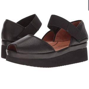 L'Amour Des Pieds Amadour Women's Sandals7.5